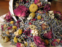 Load image into Gallery viewer, Chamomile Summer • Fragrant Potpourri - Lizzy Lane Farm Apothecary