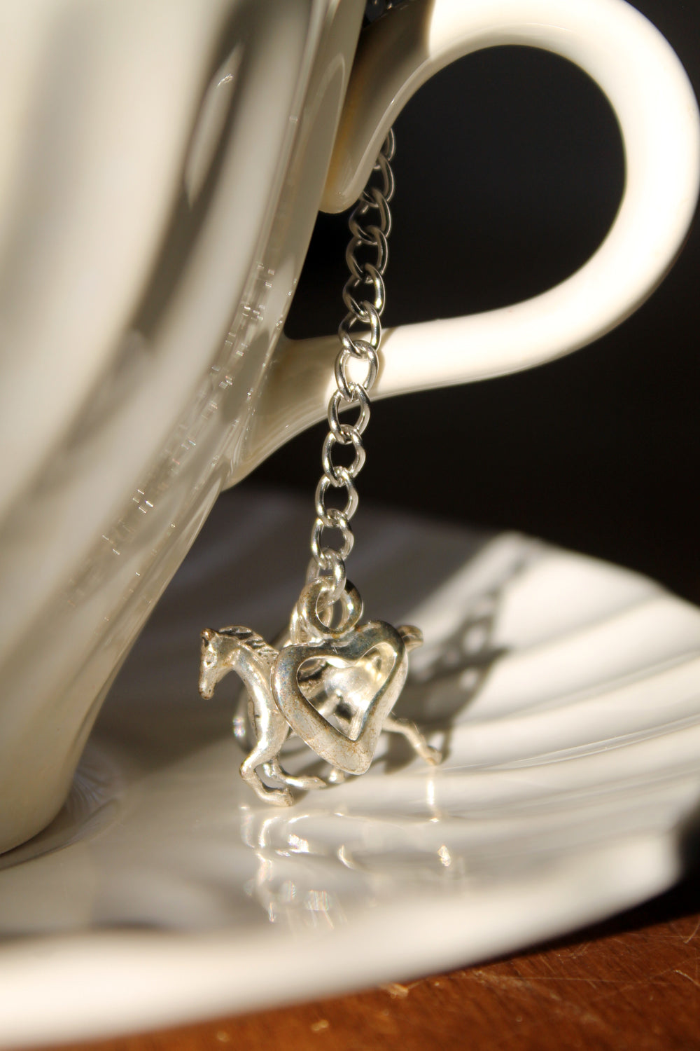 tea ball, mesh tea ball with charms, horse and heart
