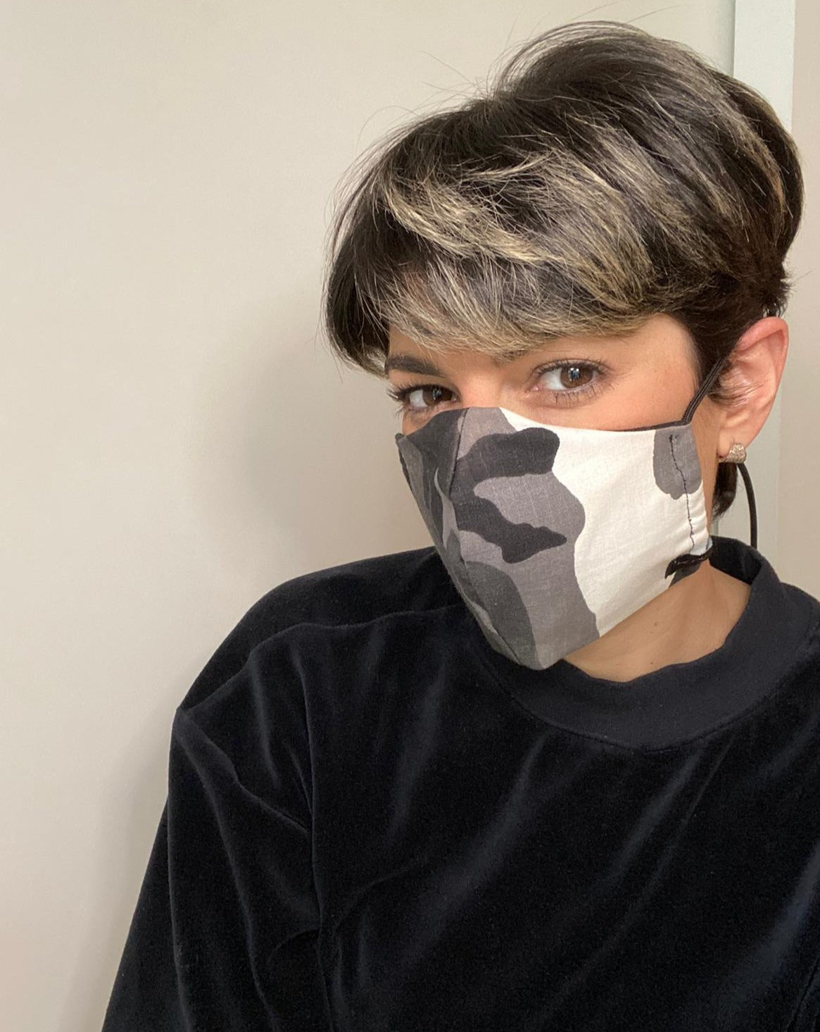 Ele Reversible Face Mask