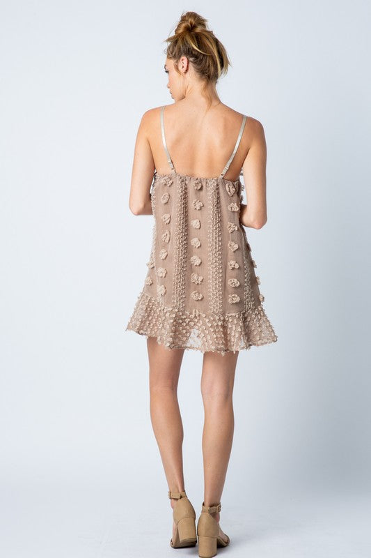 Details Darlin' Dress - Taupe