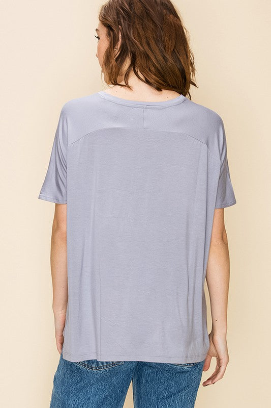 Dynamic V-Neck Tee - Gray Lilac