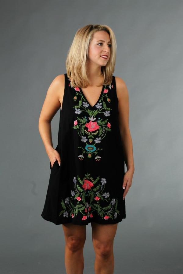 Floral Embroidery Pocket Dress