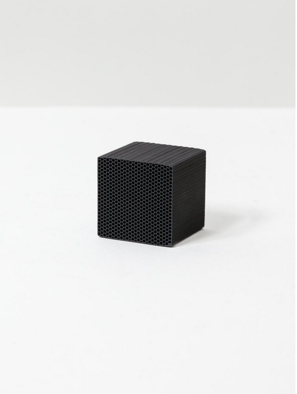 Chikuno Cube - Natural Air Purifier