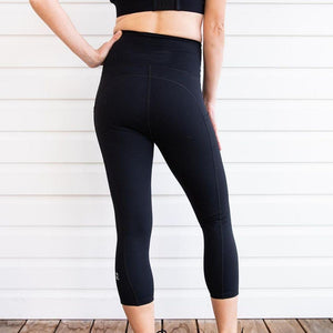 Maternity Leggings - Mama Love Pregnancy & Postpartum 3/4 Length Black Pockets