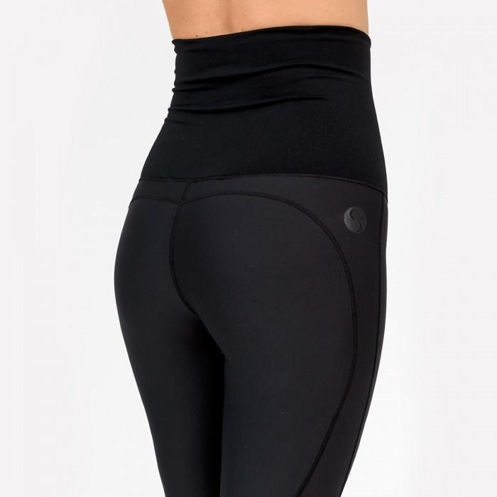 Load image into Gallery viewer, Maternity Leggings - Cadenshae 3/4 Pregnancy & Postpartum - Baby Luno