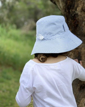 Load image into Gallery viewer, Kids Sunhat UPF 50+ Blue Stripe - Baby Luno