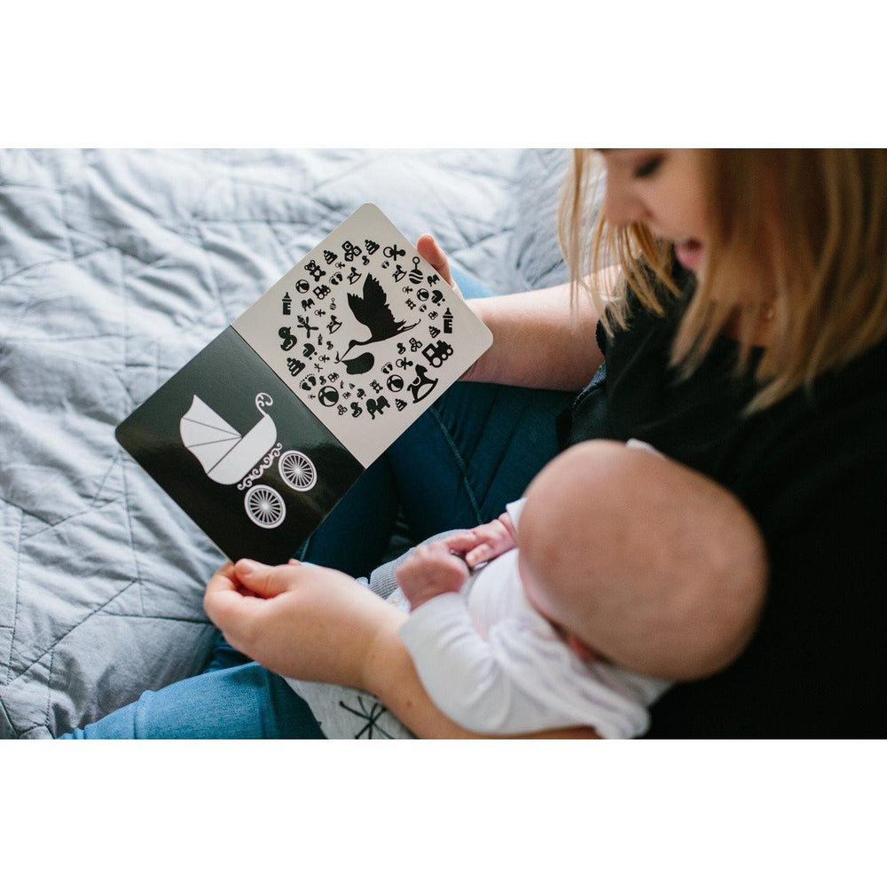 Newborn Development Baby Book - Let's Go Outside - Baby Luno