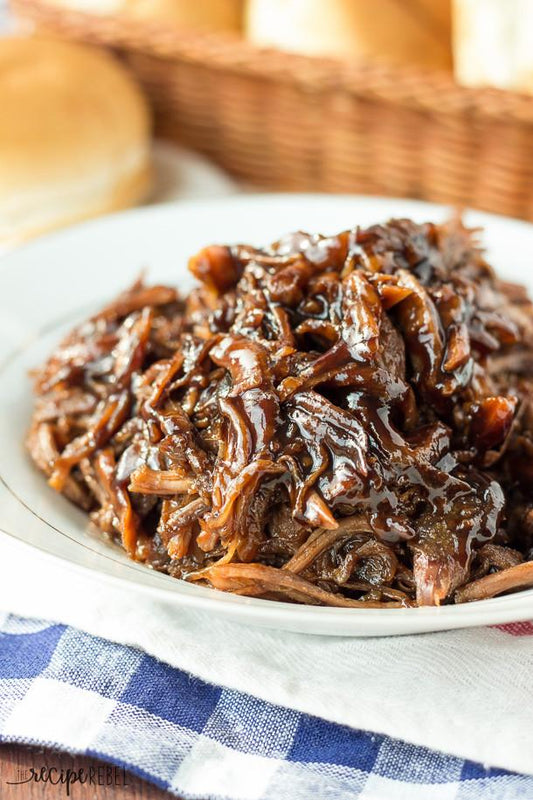 13 Best Crockpot Meats to Whip Up for a Party