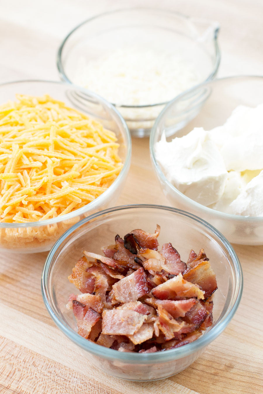 Bacon & Beer Cheese Dip | Sauce + Style
