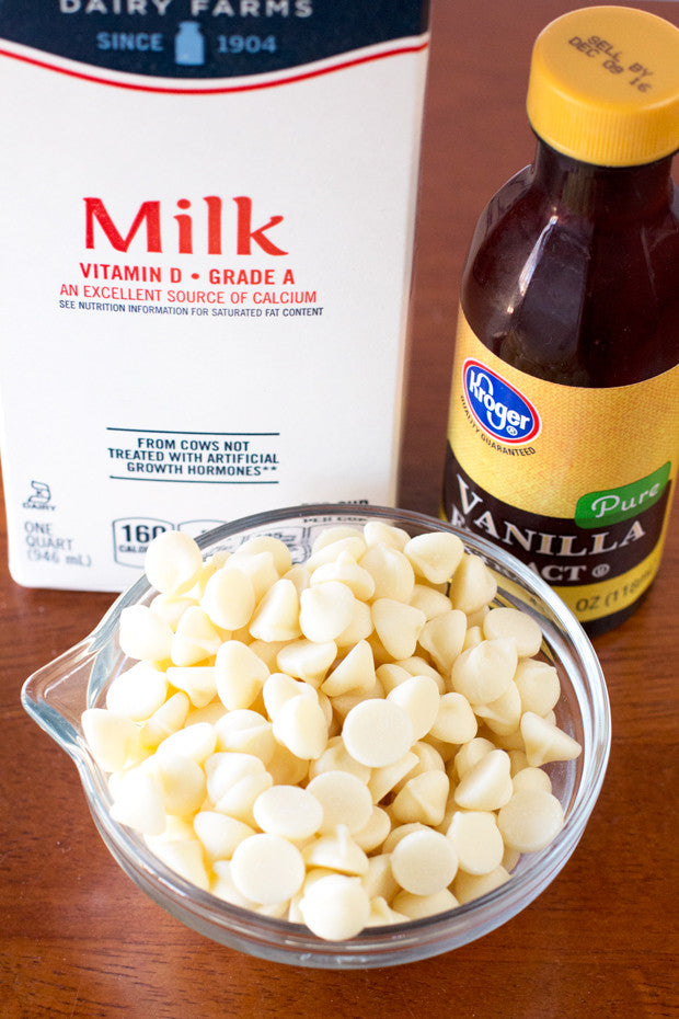 Boozy-White-Hot-Chocolate-Ingredients