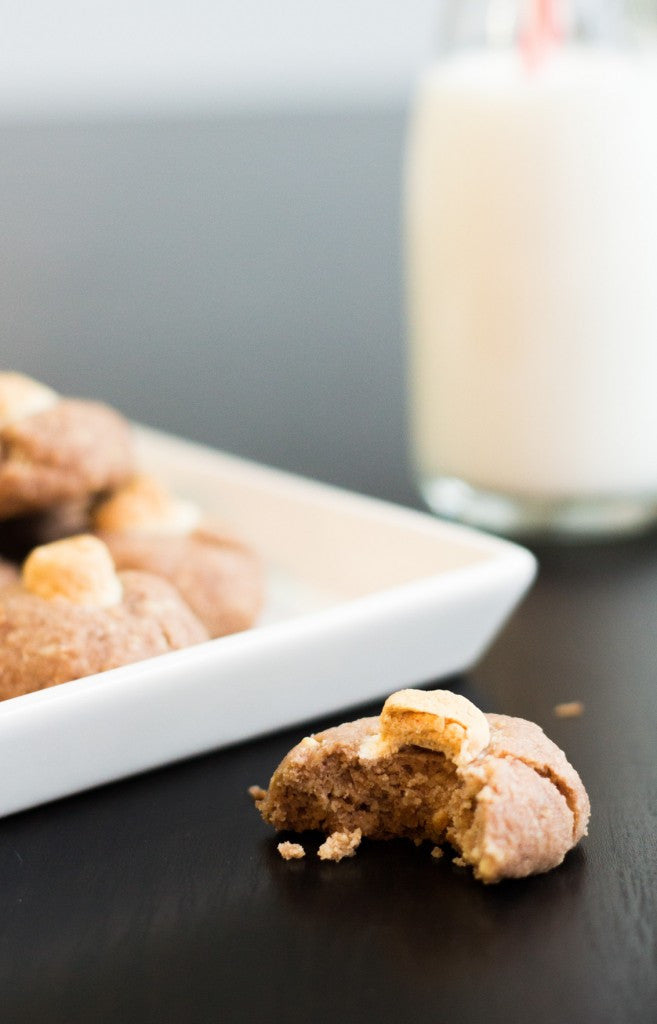 Hot chocolate cookies - Almond chocolate and marshmallows