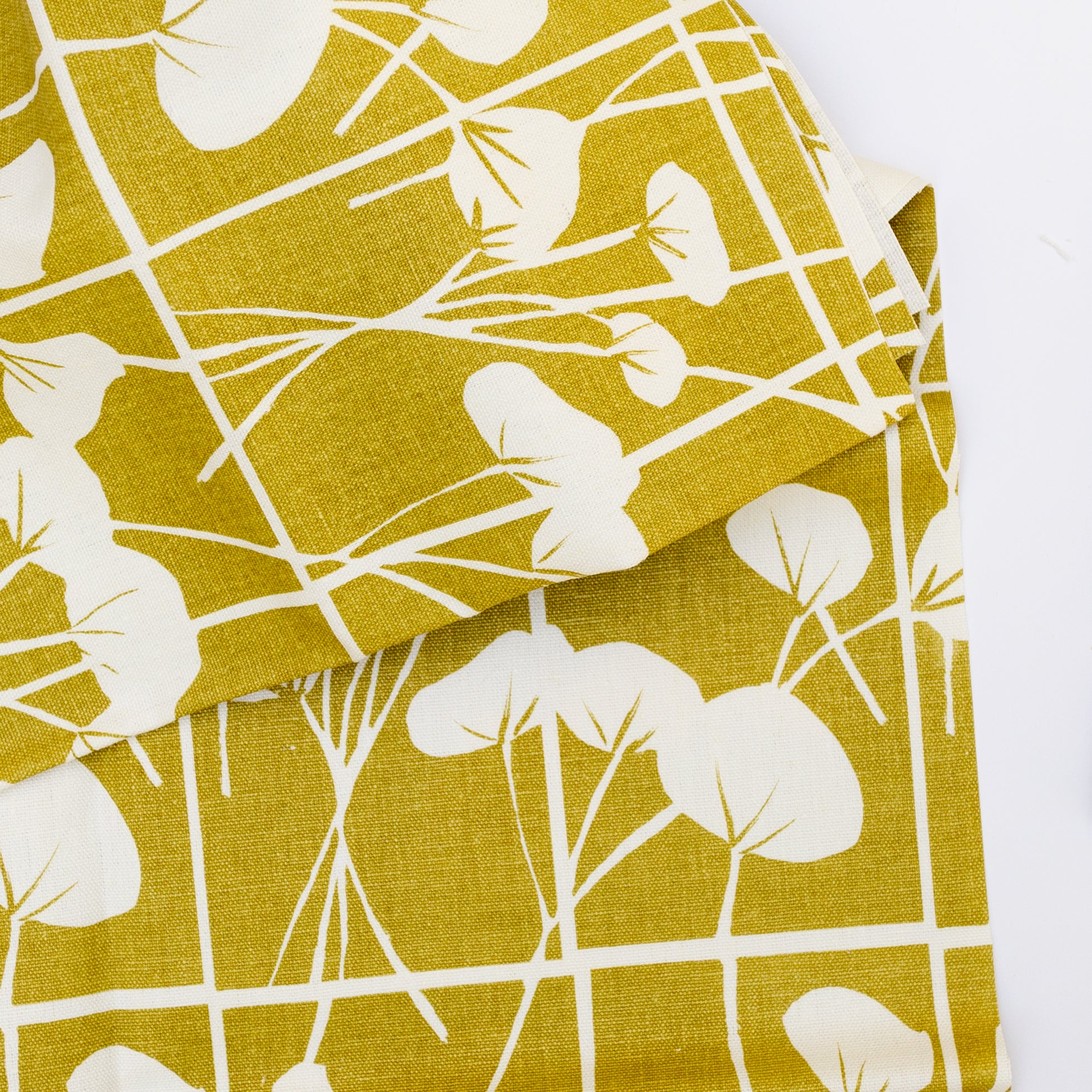 Screen printed fabric yardage with cotton
