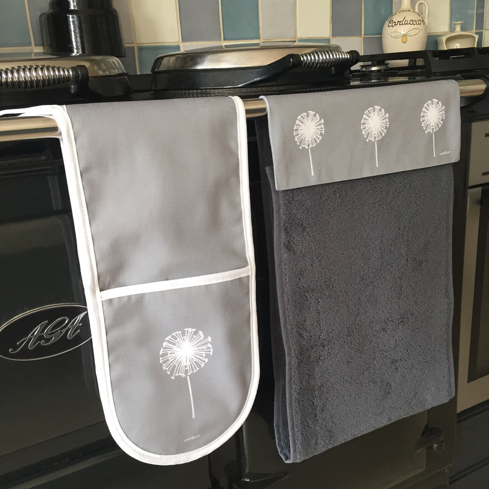 Dandelion Roller Hand Towel In Grey