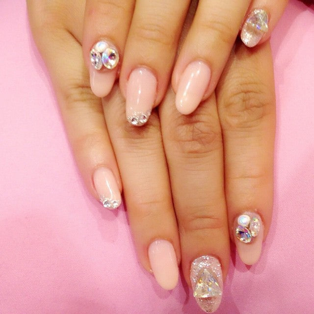 Bling Japanese nail art