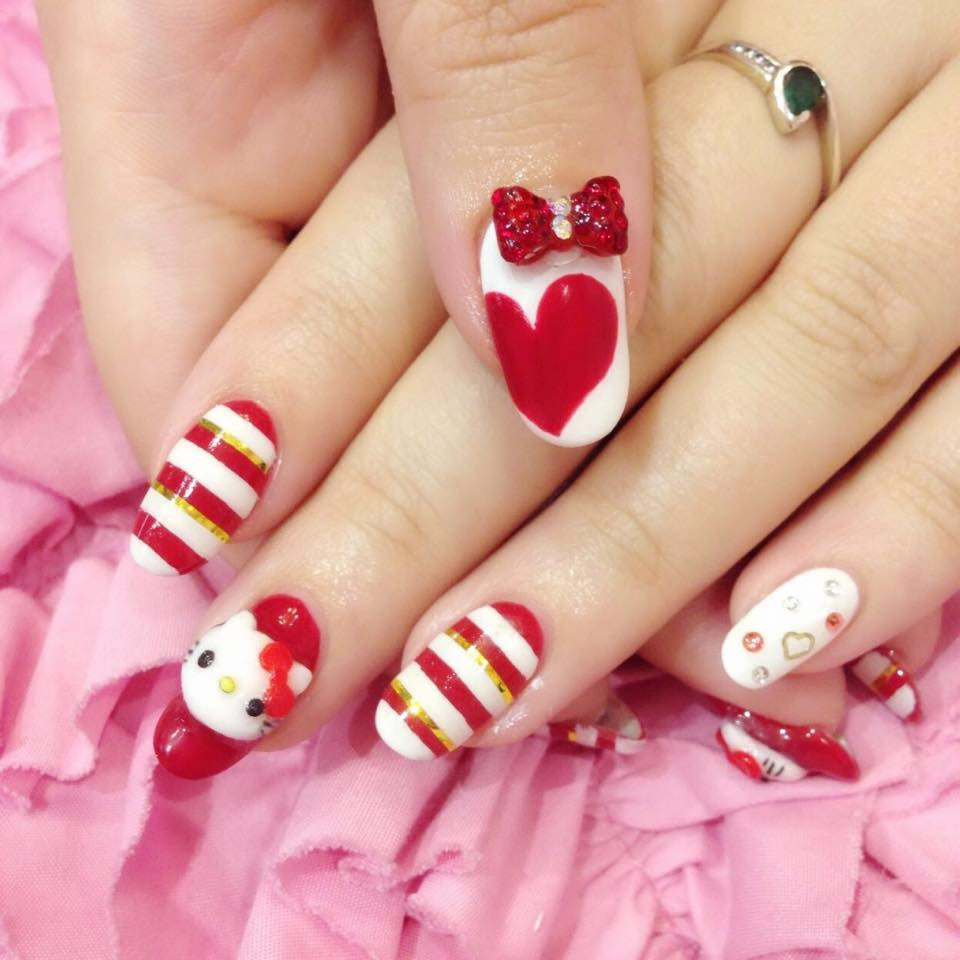Hello Kitty Japanese nail arts!