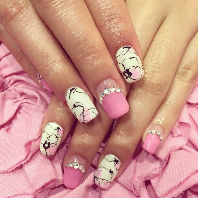 French chic nail design