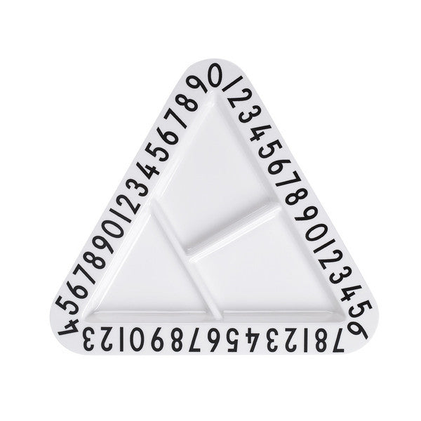 Design Letters Triangular Snack Plate