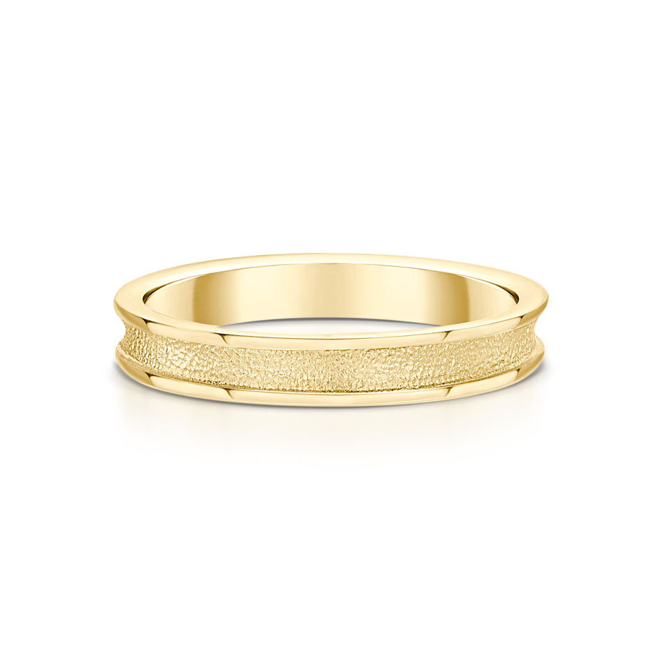 Halo 9ct Gold Ring - R121