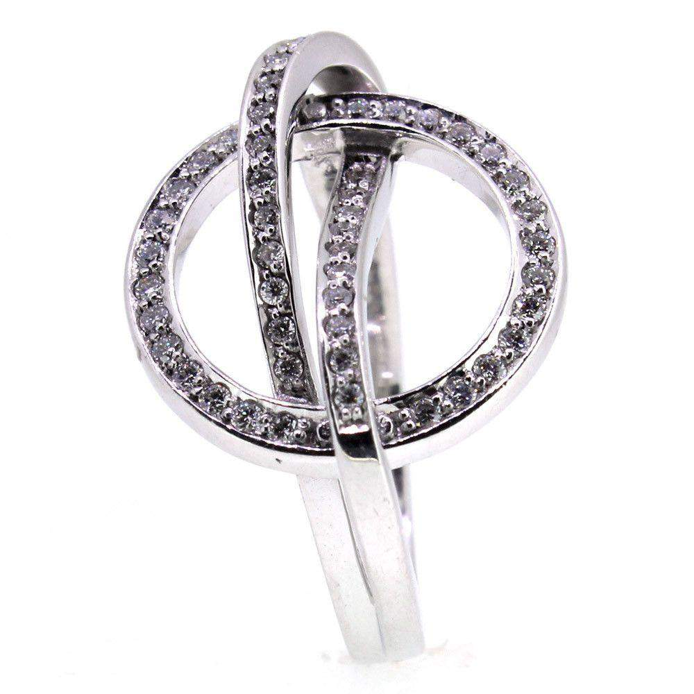 14 Carat White Gold And Diamond Ring -41/09349