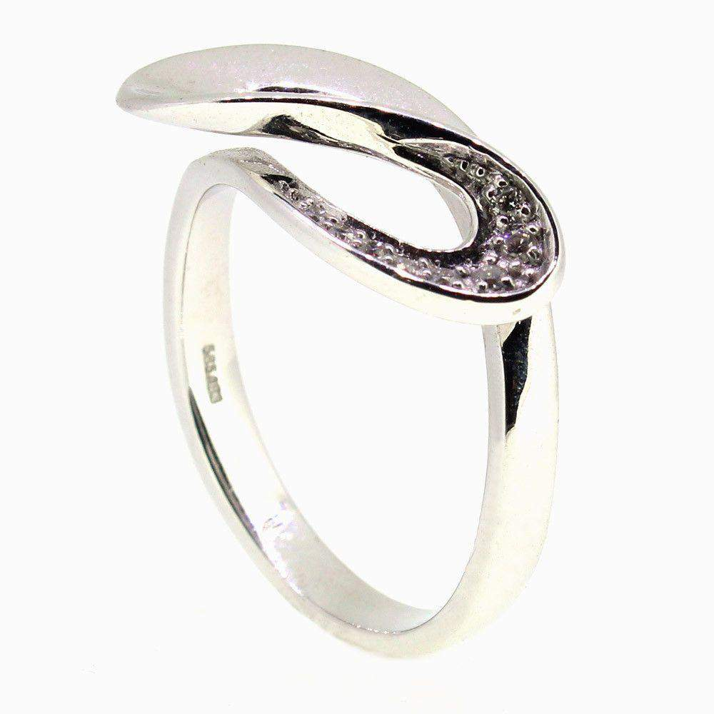 14 Carat White Gold Diamond Ring 4109407