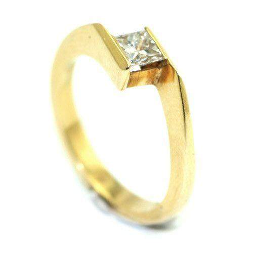 18ct Gold Princess Cut Twist Diamond Engagement Ring 0.4ct-Ogham Jewellery