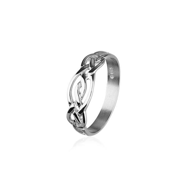 Celtic Ring in Silver or Gold - R174