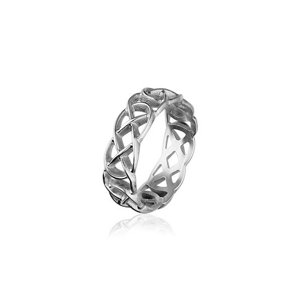 Celtic Ring - R204 - Silver or Gold - Size J-Q