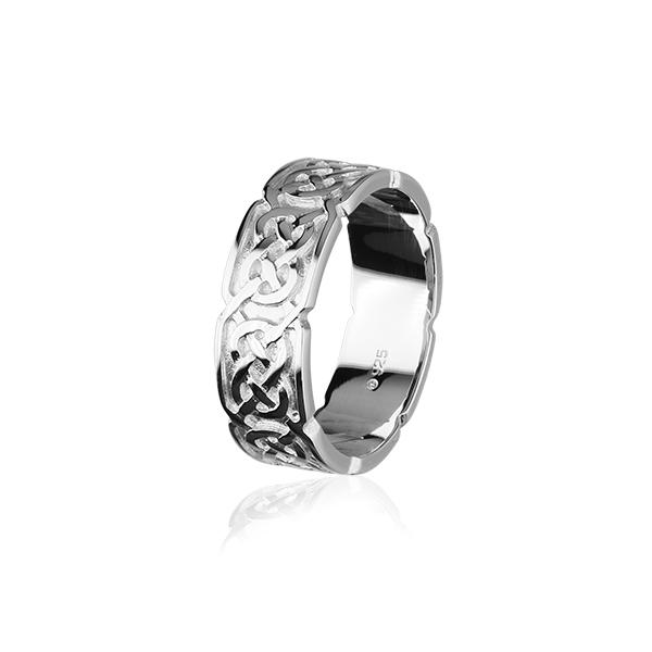 Celtic Ring in Silver or Gold - XXR126 10mm Sizes Z1-Z5