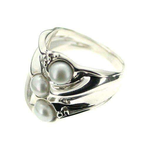 Sterling Silver And Pearl Ring-D130