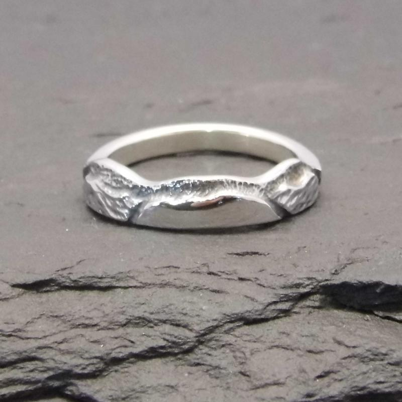 Heilagr Islands View Ring - R1-Ogham Jewellery