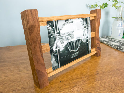 5 x 7 Easy Change Photo Frame - Handmade Walnut / Oak