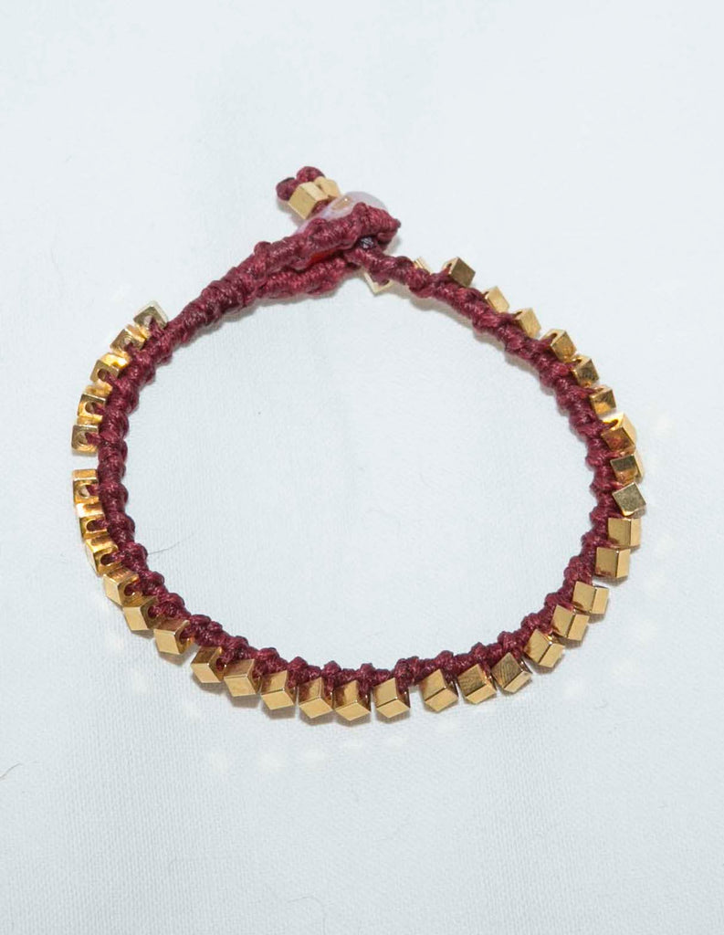 Macrame friendship bracelet in burgundy