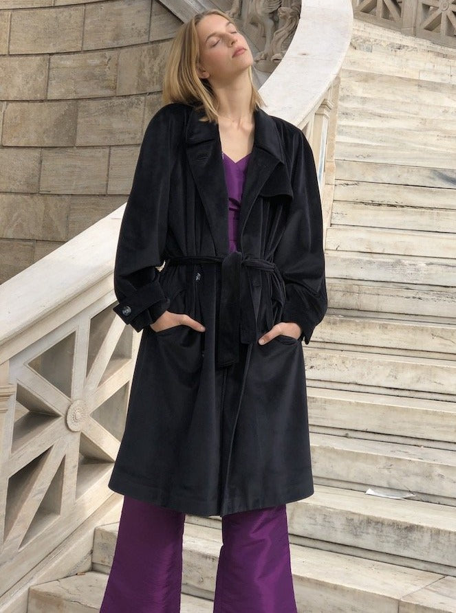 GRACE VELVET COAT - BLACK