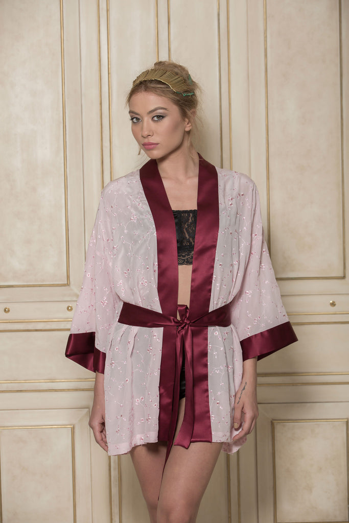 roses-are-red - SONATA FOR THE DAWN - KIMONO IN PINK - KIMONO