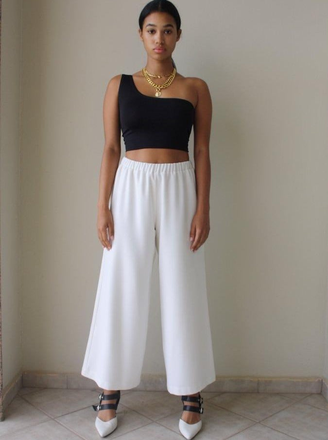 THE CONFIDENCE SUIT - CROPPED PANTS IN CREAM