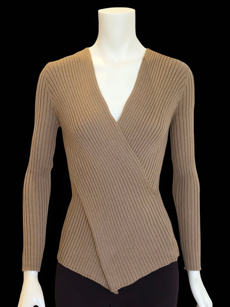 Stunning and Elegant Top in Fine Merino Wool