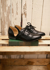 Tuxedo Cut Out Loafers 2