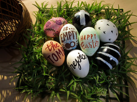 DIY chalkboard easter egg