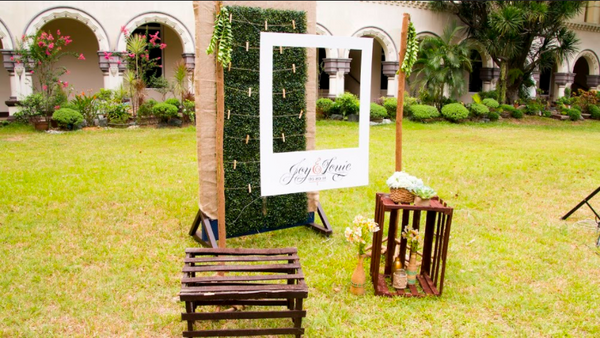 chalkboard wedding photobooth