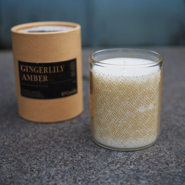 SCENTED CANDLE (200g) - GINGERLILY . AMBER