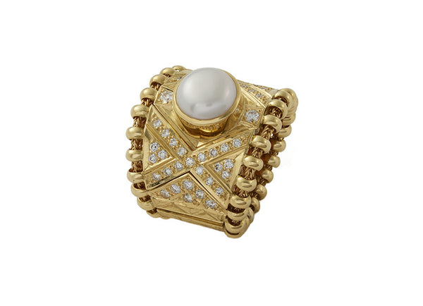 Diamond and Pearl Agincourt Ring