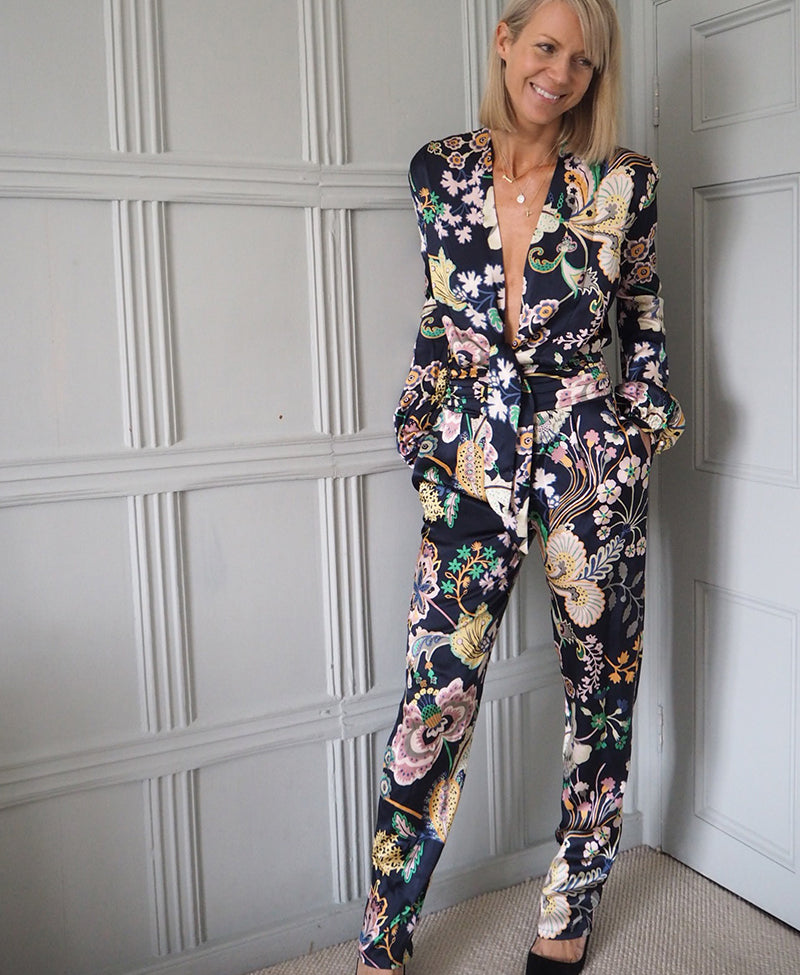 ridleylondon-luxury-made-to-measure-floral-print-silk-jumpsuit-blog-image-becky-gunning@bricksandstitches