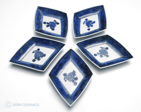 Imari small plates, diamond shaped, deep blue on white