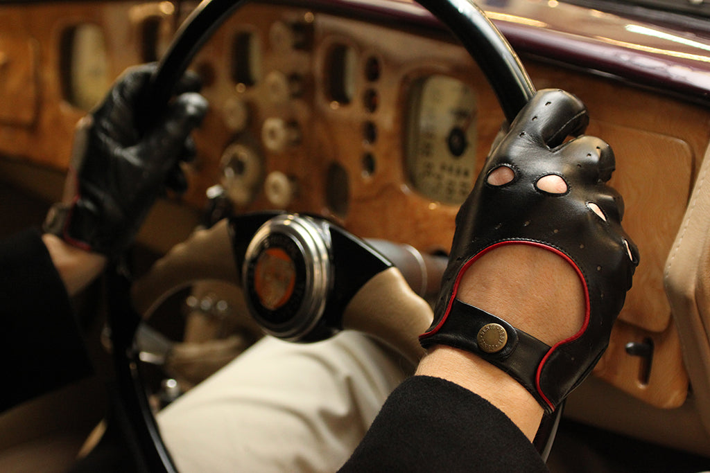 Driving Gloves: Fashion Meets Function