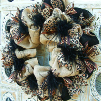 Custom Everyday Wreaths, Swags, and Garlands by Sassy Chic Boutique!