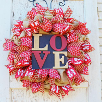 Custom Valentine's Day Wreaths, Swags, and Garlands by Sassy Chic Boutique!