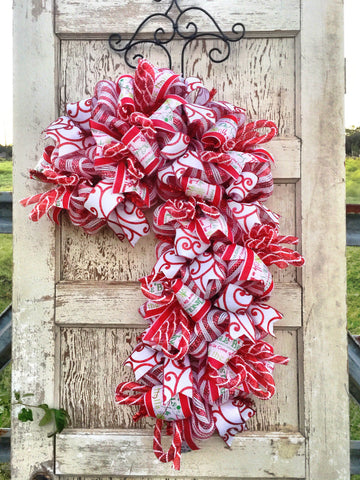 Candy Cane Sweet Treat Christmas Wreath **Free Shipping**