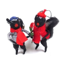 Artiste Skunk Felt Ornament