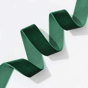 "Evergreen Velvet Ribbon 1"", 5yd"