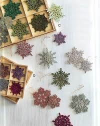 Shimmering Snowflake Ornaments - Verde Small